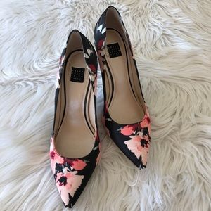 18bddd847 White House Black Market Shoes - White House Black Market Olivia floral  pumps 7.5